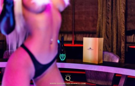 Striptease - stripshow - erotic show - strip club