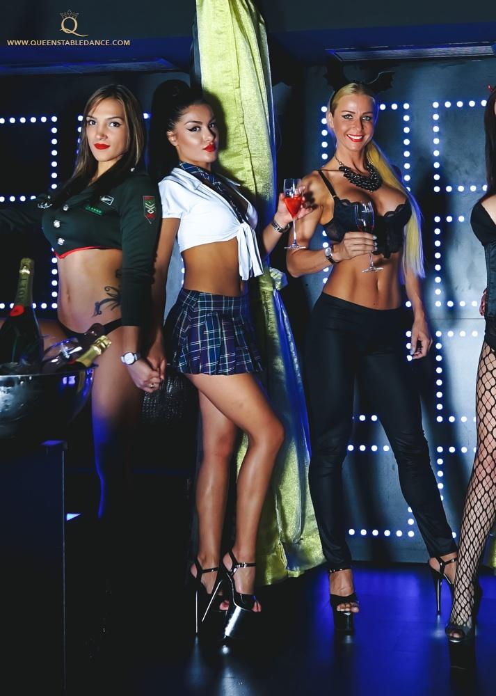 Foxes den strip club porn tube