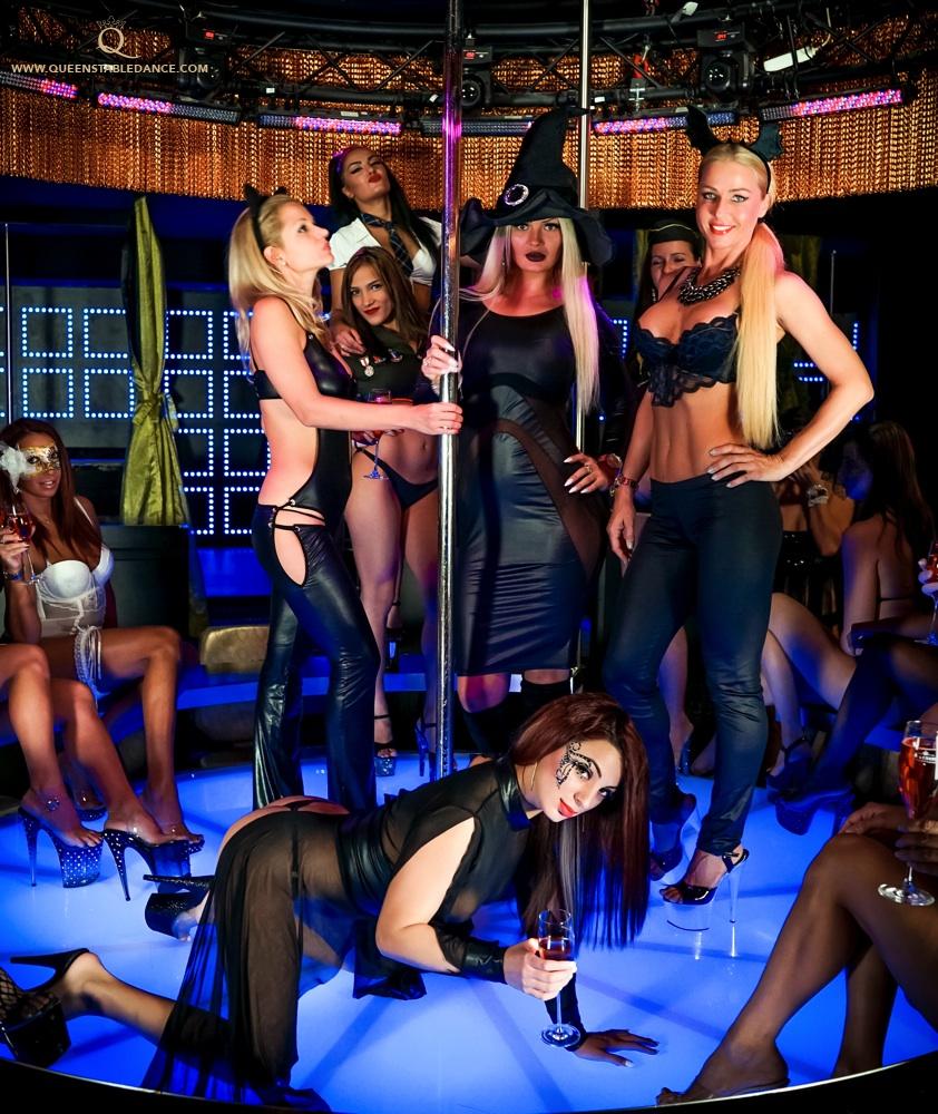 Foxes den strip club