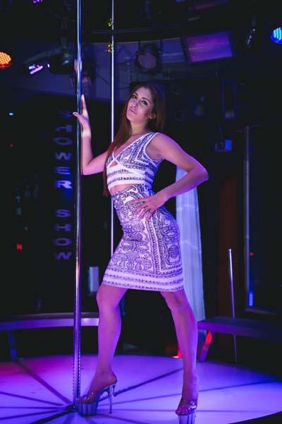 schöne Frauen München, Strip Show, stilvoll Table Dance, Strip Club