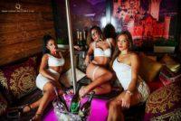 Sexy Halloween im Queens Stripclub