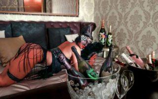 Sexy Halloween im Queens