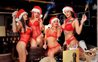 Weihnachten und Sylvester Party im Queens Strip club