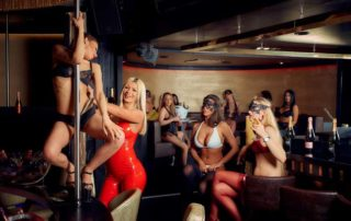 Frühlingsfest, München, Afterwiesn, Partys zum Weiterfeiern in Queens