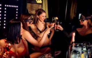 Nightclub in Munich with many beautiful Girls