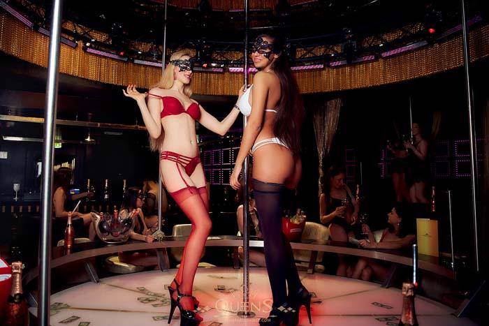 Queens Stripclub in München: Bühnen Show